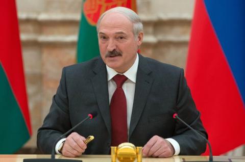 Лукашенко ждет, что Запад сн…