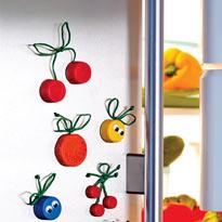 Магниты на холодильник.