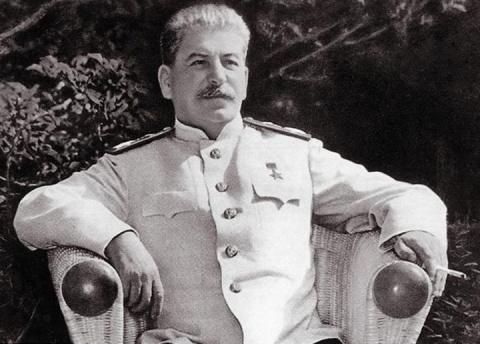 Без сталинского фундамента н…