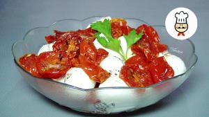Салат с полувялеными помидор…