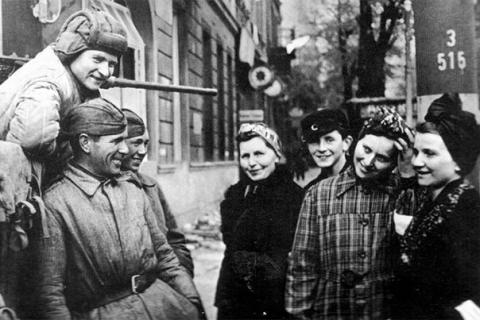 «Ярость советских бестий» в …
