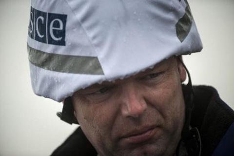 Хуг прибыл в Луганск для ознакомления с результатами расследования по взрыву машины
