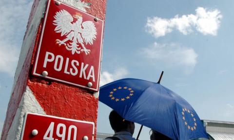 «Польша и Литва пытаются осложнить отношения между Россией и Белоруссией»