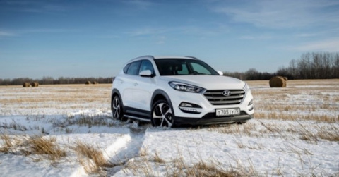 Кроссовер Hyundai Tuscon пол…