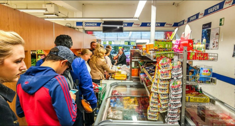 Любопытный случай в очереди супермаркета стал настоящим разрывом шаблона