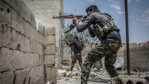 Сирия, Ракка: ИГИЛ отбило у …