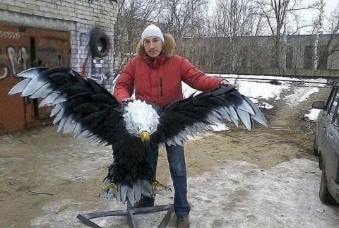 Орел из покрышек! Как вам?