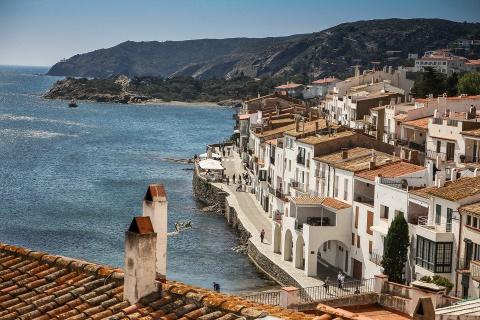 Власти Испании грозятся арес…