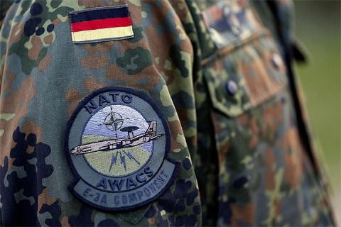 Немецкие СМИ: В НАТО сомневаются, что смогут дать отпор России