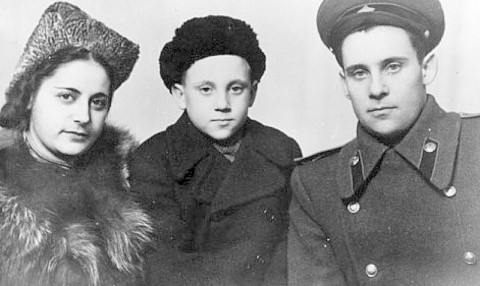 Детство В.Высоцкого в ГСВГ.(06)
