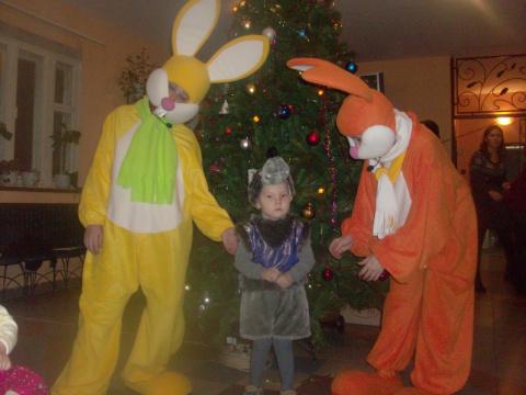 Новогодние кролики и... страшный, страшный серый волк