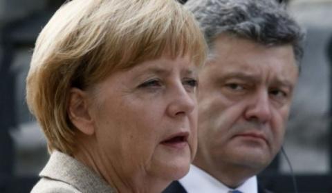 Европа предала Украину: Сенсационное заявление Меркель относительно Донбасса поставило в тупик Порошенко