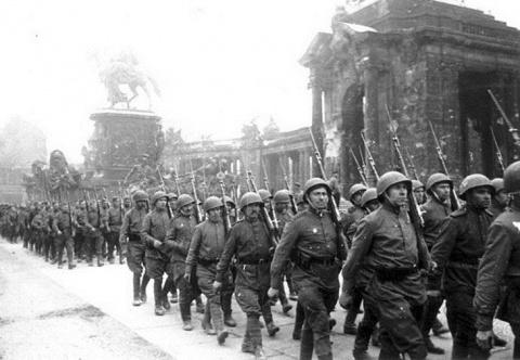 Могла ли Красная Армия завое…