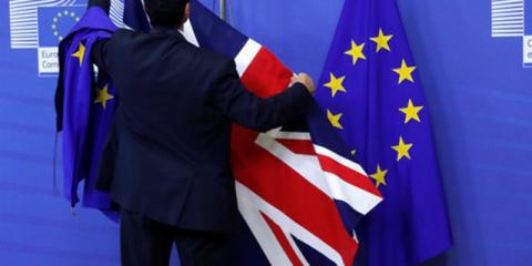 Расходы домохозяйств вырастут без сделки по Brexit