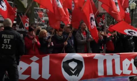 Протестующие в Галле встретили канцлера ФРГ криками «Хайль Меркель»