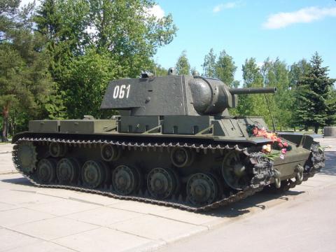 NI: Почему советский танк КВ…