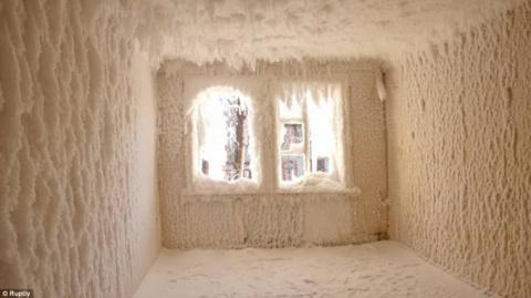 Заброшенный дом в Екатеринбу…