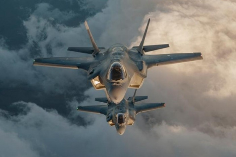 ВКС РФ снимают с «Раптора» шапку-невидимку: чего боятся американские пилоты
