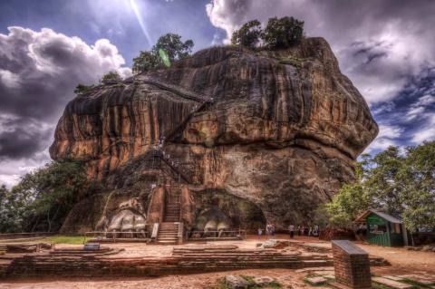 Сигирия - крепость Раваны
