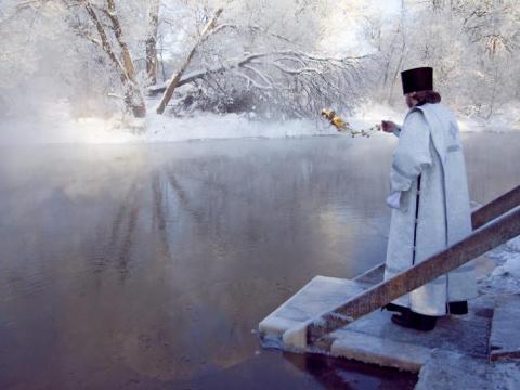 Когда набирать святую воду н…