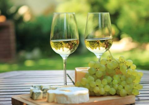 Вымысел или факт: Белое вино…