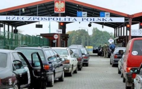 Польша снова осложнила жизнь…