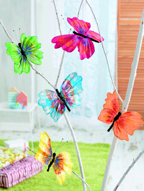 Бабочки из шёлковой гофрированной бумаги своими руками