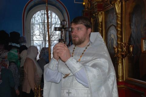 Священник предложил рассчитаться за проделанную работу молитвами...