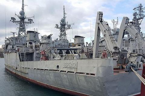 Киев не будет забирать корабли из Крыма