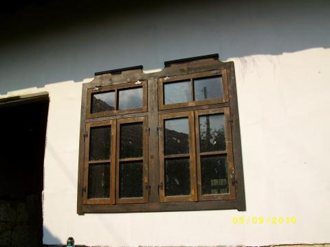 дом  в село червен,болгария, 150кв.м ,6 комнатьи и земля 620кв.м,цена 39000евро 00359878600910