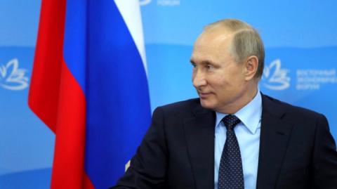 Опрос: современная молодежь считает себя «поколением Путина» и не хочет другого президента.