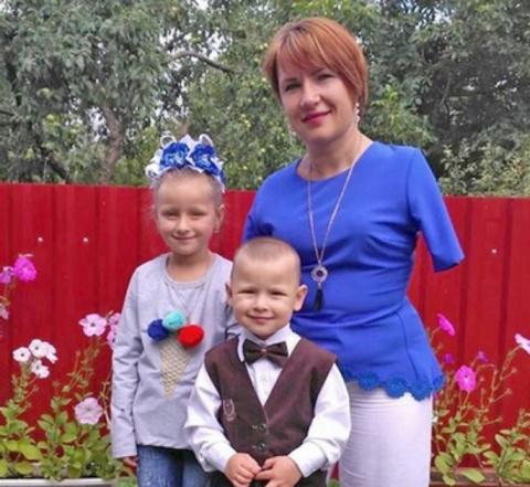 """Вера Фещук: """"Дочь часто спрашивает: """"Мама, а почему у тебя нет ручек?"""""""