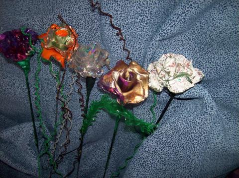 Розы из CD - дисков.