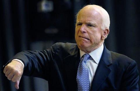 Маразматик Маккейн в оскорби…