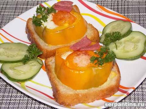 Вкусный завтрак - яйцо, запе…