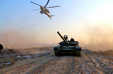 Сирийская армия при поддержке ВКС РФ полностью выбила террористов из города Эс-Сухне