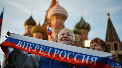 Американская писательница: Россияне никогда так не гордились страной, как при Путине