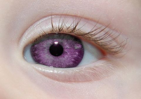 Самый peдкий цвeт глаз в миpе....