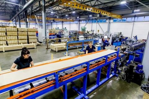 Производство комплектующих для жалюзи введено в строй в Смоленской области