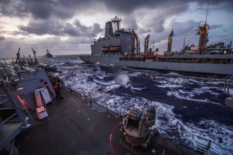 Десять моряков столкнувшегос…