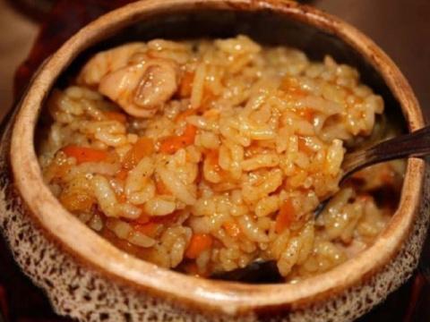 Горшочек с курицей и рисом. …
