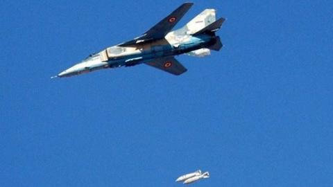 Сирия сегодня: ВКС РФ и ВВС САР атаковали ИГ в Дейр эз-Зоре, победы SDF в Ракке, курды назвали Иран врагом