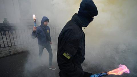 Намайданили: украинская влас…