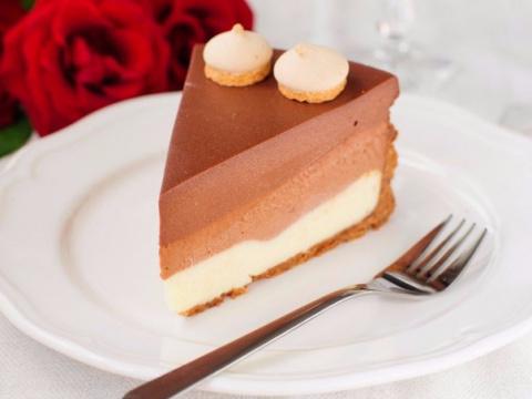 Торт «Три шоколада». Нежный …