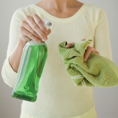 8 домашних чистящих средств,…