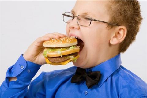 5 способов испортить здоровье с детства