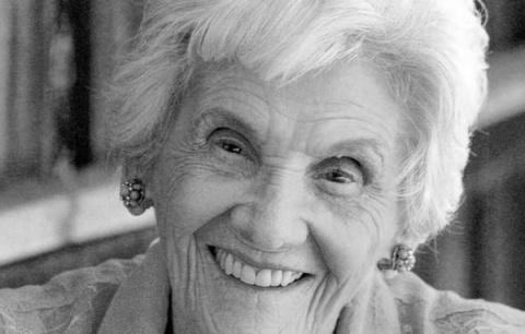 Самая пожилая актриса Голлив…