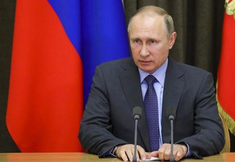 В. Путин едет в Париж, чтобы…