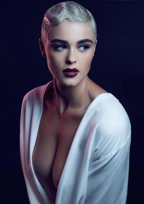 Кому теперь нужны ваши 90-60-90: Стефания Феррарио крушит стереотипы о модельной внешности