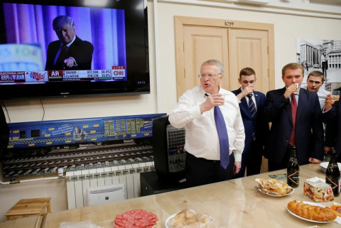 Жириновский сдал Путина и ег…